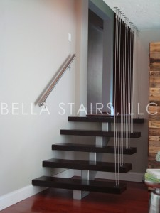 HGTV Custom Centerbeam Wood Staircase